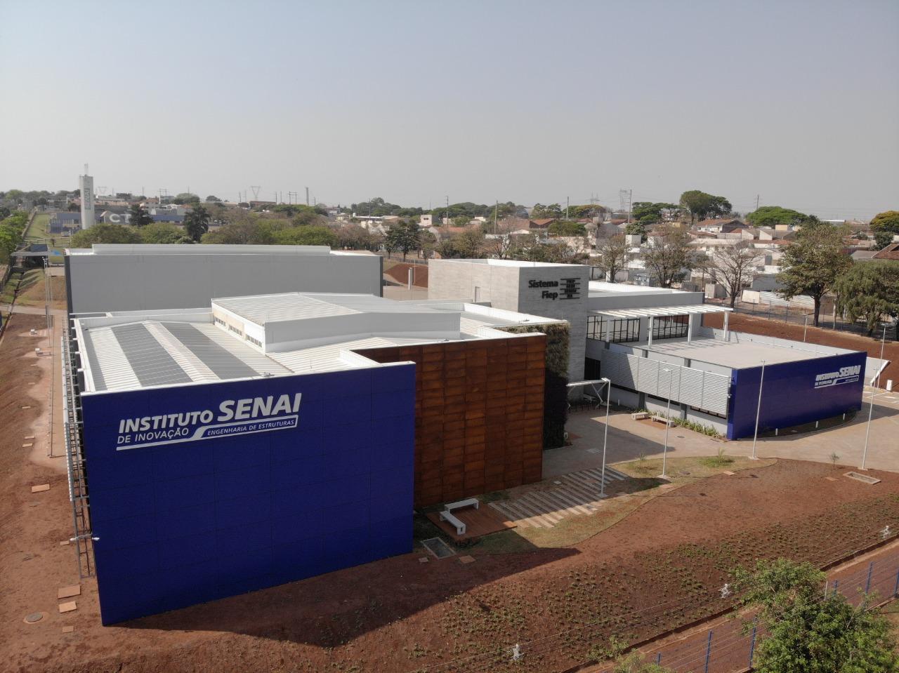 Imagem sobre Edifício que abriga Institutos Senai em Maringá completa um ano