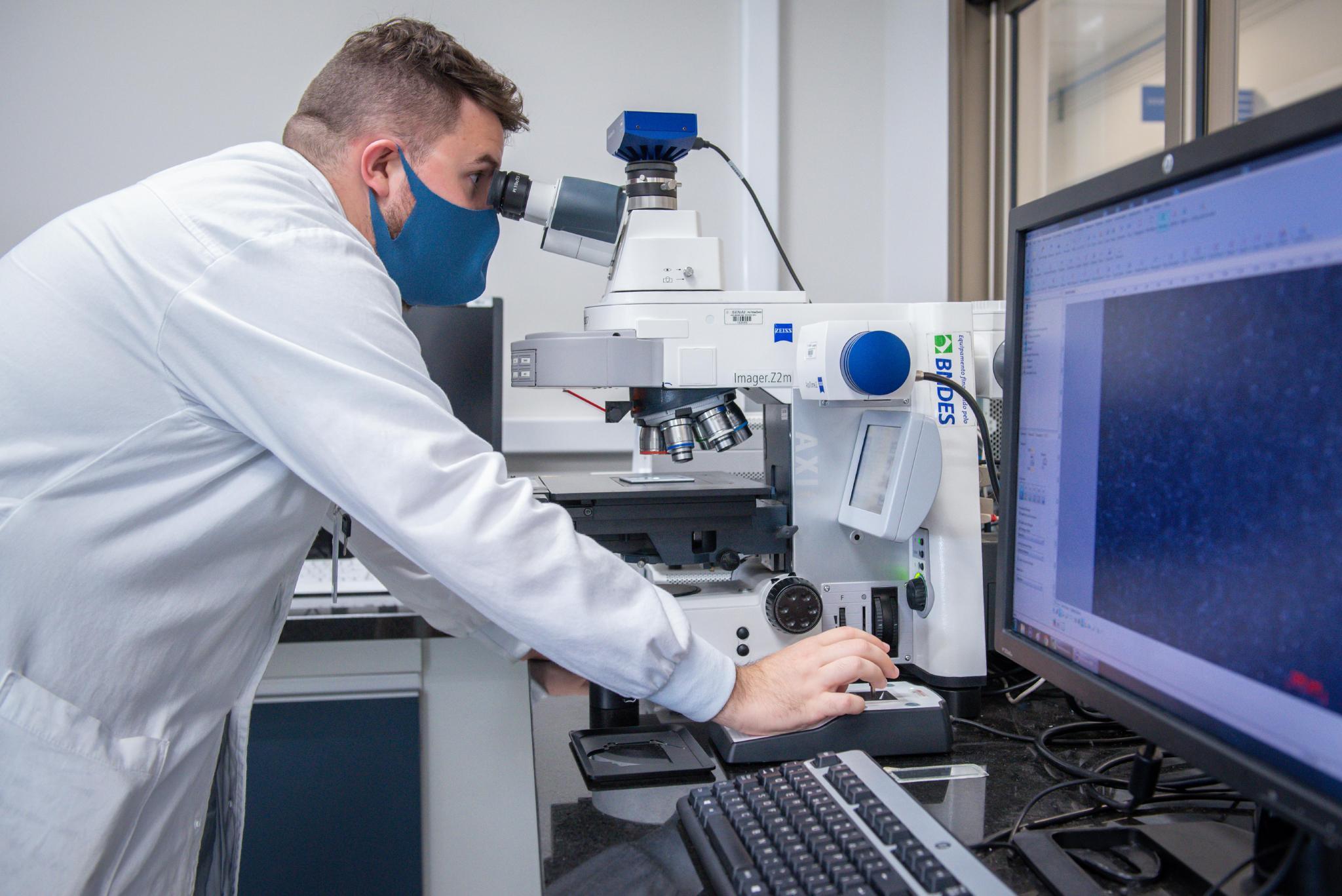 Imagem sobre ISI Eletroquímica desenvolve monitoramento de superfícies para controlar a presença de vírus nos ambientes